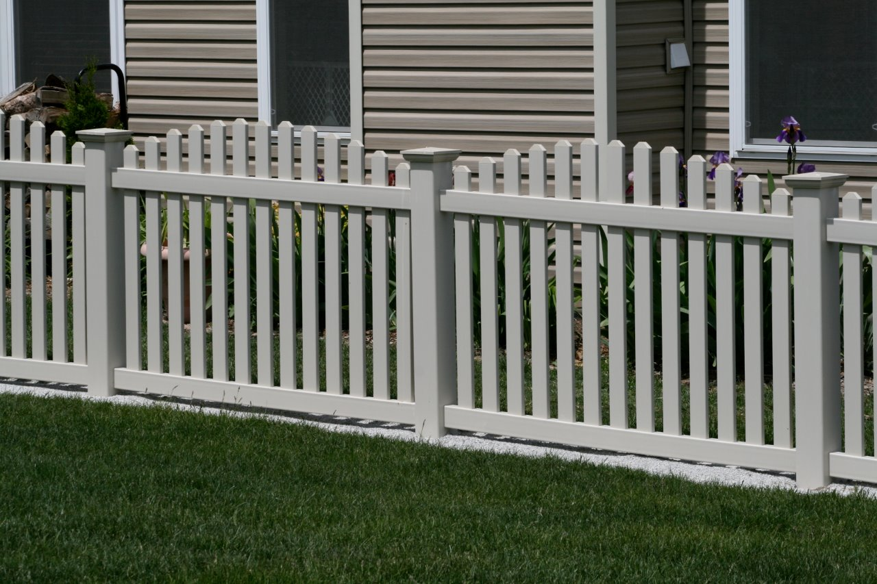 Pvc Picket Fence Cardinal Fence Amp Supply Inc
