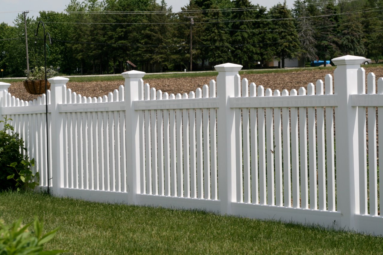 weathered cedar pvc fence cardinal fence supply inc. Black Bedroom Furniture Sets. Home Design Ideas