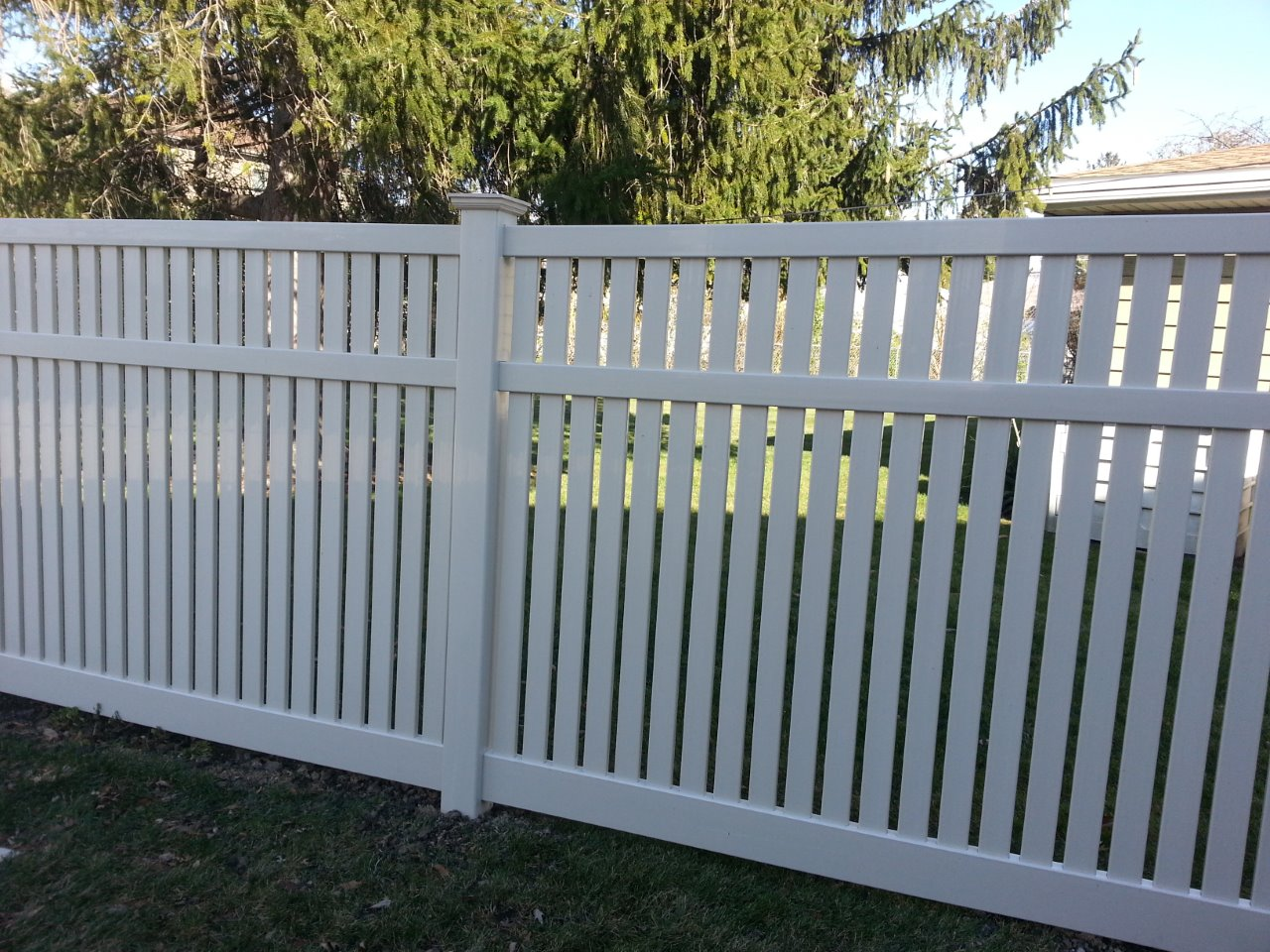 Pvc or vinyl fences cardinal fence supply inc