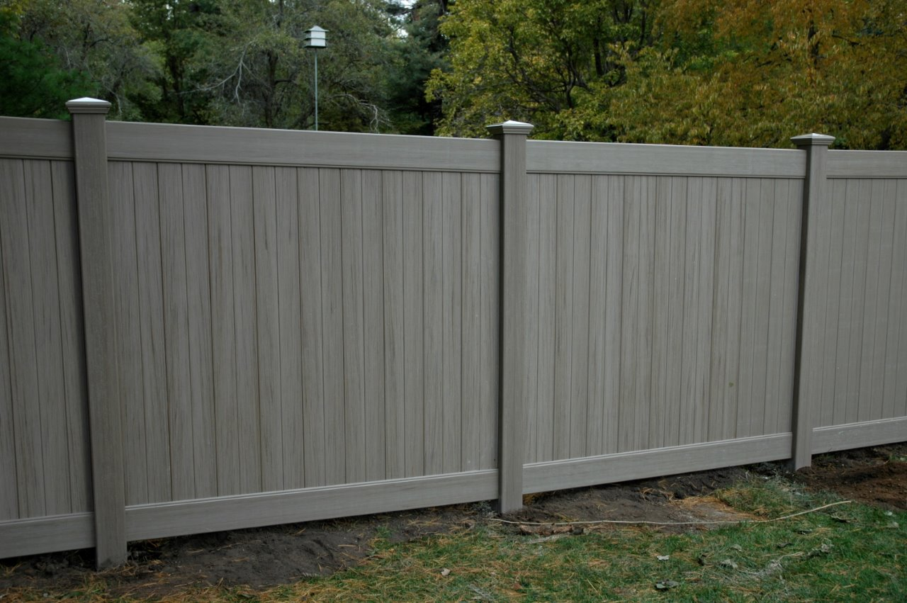 Weathered Cedar Pvc Fence Cardinal Fence Amp Supply Inc