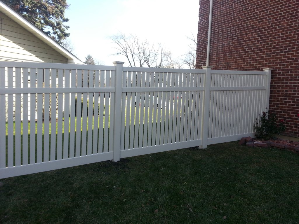 Vinyl Fencing Cardinal Fence Amp Supply Inc